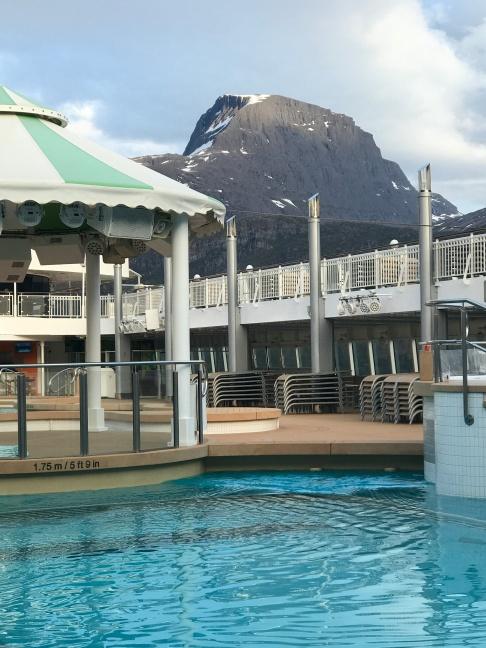 Norwegian Jade pool3